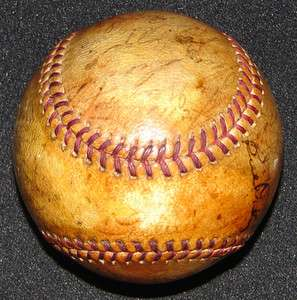 1939 NEW YORK YANKEES WORLD CHAMPS TEAM SIGNED BASEBALL w/ LOU