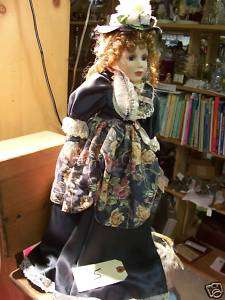 PORCELAIN VICTORIAN ASHLEY BELLE DOLL 18 WITH STAND