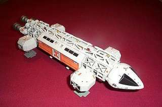 SPACE 1999 EAGLE TRANSPORTER VIP LIMITED EDITION Die cast Product