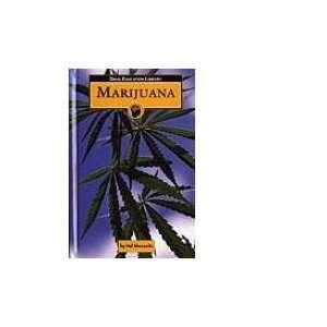 Marijuana (9781590189597): Hal Marcovitz: Books