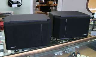 Up for auction is this pair of Bose 301 Series IV Bookshelf Speakers