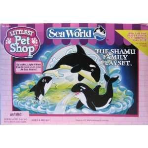 : LITTLEST PET SHOP SEA WORLD THE SHAMU FAMILY PLAYSET: Toys & Games