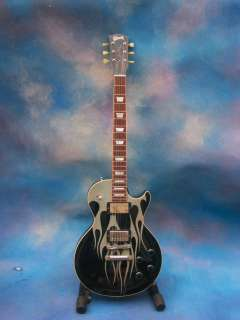 stage guitar Comes in its original Gibson Custom Art Historic case