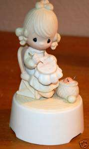 PRECIOUS MOMENTS MOTHER SEW DEAR MUSIC BOX NEW RARE