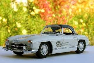 Franklin Mint 1/24 1960 Mercedes Benz 300SL Roadster LE