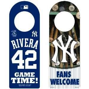 MLB New York Yankees Mariano Rivera Wood Door Hanger