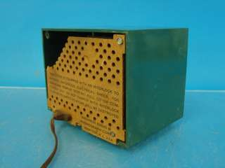 Antique Tube Radio Green Plastic Space Age Jetsons Cabinet Wiper Dial