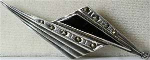 VINTAGE ART DECO STERLING SILVER MARCASITE ONYX PIN