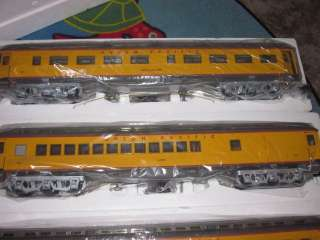 ARISTO CRAFT LARGE G SCALE UNION PACIFIC 4 CAR HEAVYWEIGHT PASSENGER