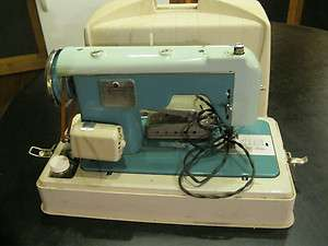 Vintage Sewmor Zig Zag Portable Sewing Machine 900 model Rare Works