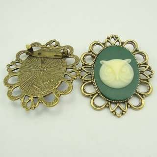 Retro Style cameo pin brooch w/Green yellow Owl head cameo