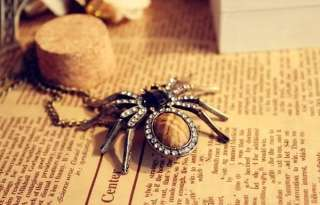 Bronze Awesome Cool Cute Crystal Spider Retro Necklace Z1053