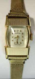 Ladies 17 Jewel 14k Gold Winding Movement Watch   Working 16.6g