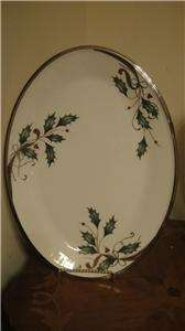 LENOX HOLIDAY NOUVEAU PLATINUM WHITE CHRISTMAS DINNERWARE BONE CHINA