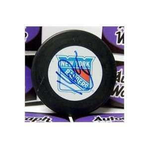 Kevin Lowe autographed Hockey Puck (New York Rangers