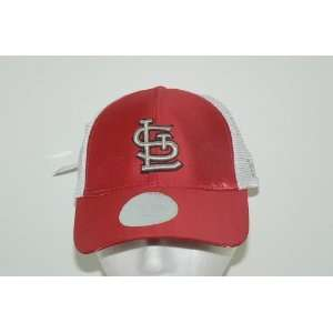 St Louis Cardinals Womans Trucker Style Hat Cap Lid Made By New Era