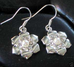 JJBZ CUTE LITTLE FLOWER PEARL & CRYSTAL DROP EARRINGS