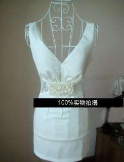 Korea Women Sexy White Low Cut Pearl Lace Hollow Dress with Chest Pad
